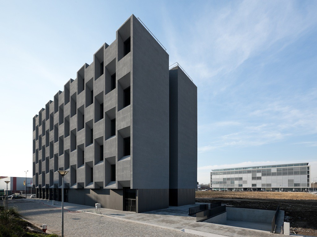 MPA Building / Lousinha Arquitectos, © Luís Ferreira Alves