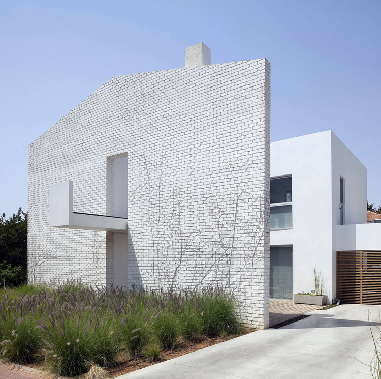 House N / Sharon Neuman Architects & Oded Stern-Meiraz, © Elad Sarig