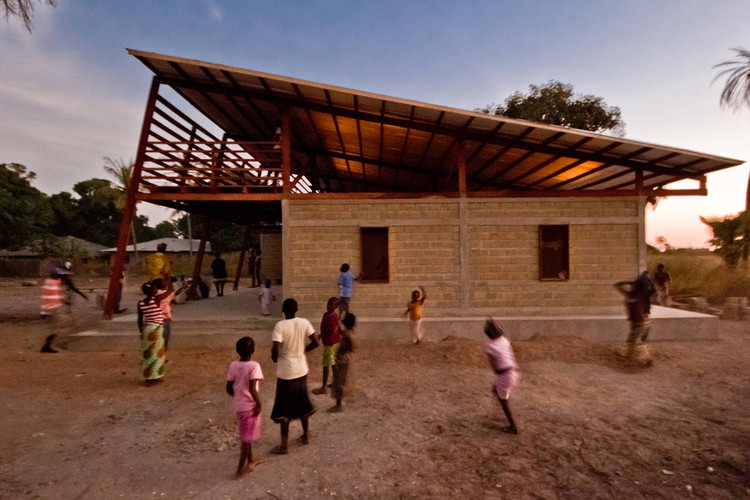 Youth Center In Niafourang / Project Niafourang, Courtesy of Project Niafourang