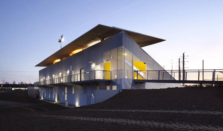 Dominique Duvauchelle Stadium / Atelier du Pont, © Luc Boegly