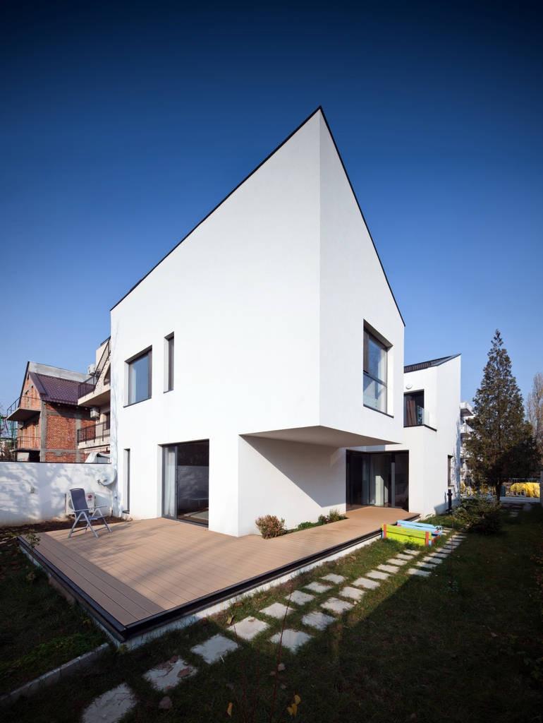 CN House / Plus Line Design, © Cosmin Dragomir