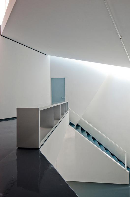 Mini-Studio / FRENTE arquitectura