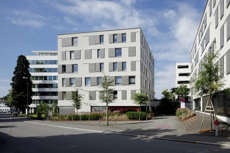Wohnanlage Ulmer / Dietrich | Untertrifaller Architekten, © Bruno Klomfar