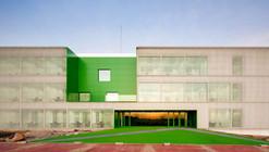 Social Services Center / dosmasuno arquitectos