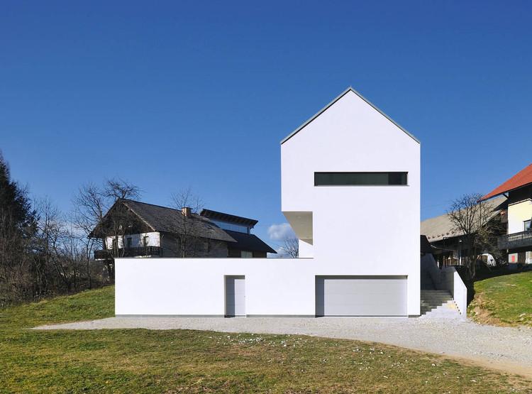 Suha Private House / Arhitektura d.o.o., © Marko Zoranovič