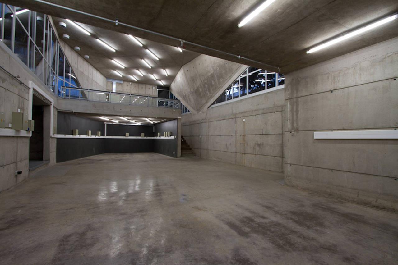 Tool Workshop Building / Marsino Arquitectos Asociados, © Aryeh Kornfeld
