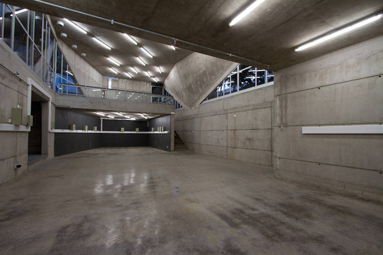 Tool Workshop Building / Marsino Arquitectura, © Aryeh Kornfeld
