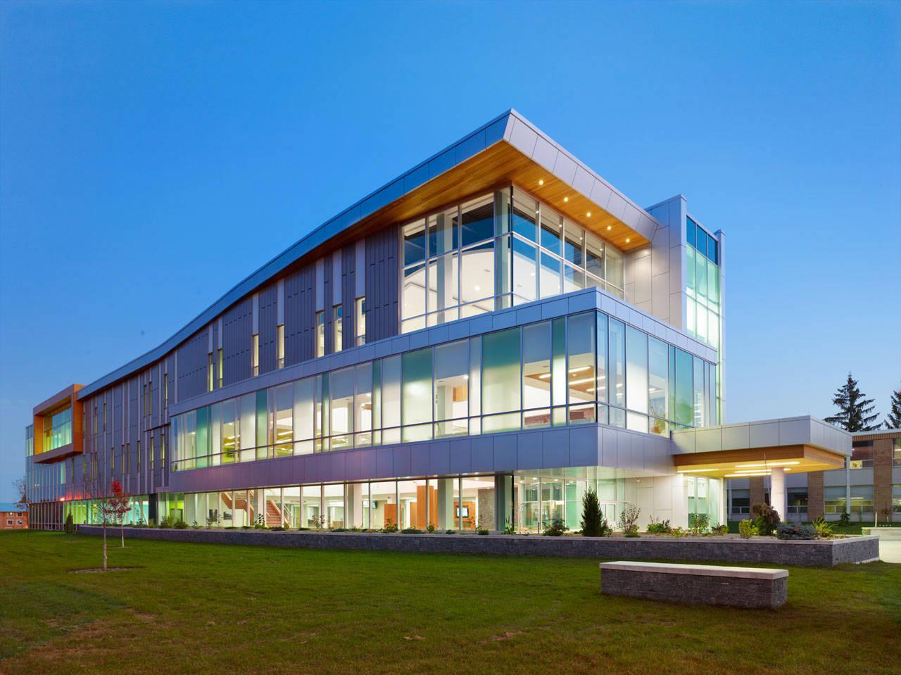 Sault College Academic Building / Architects Tillmann Ruth Robinson, © Shai Gil