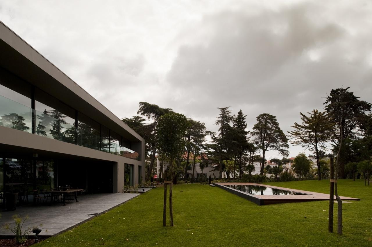 House In Estoril / Frederico Valsassina Arquitectos, © FG+SG – Fotografia de Arquitectura