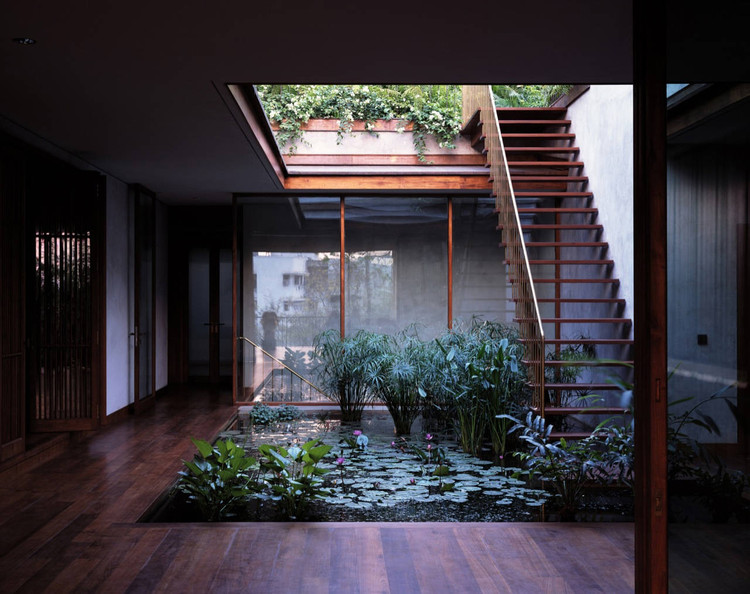 House on Pali Hill / Studio Mumbai, ©  Helene Binet