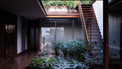 House on Pali Hill / Studio Mumbai