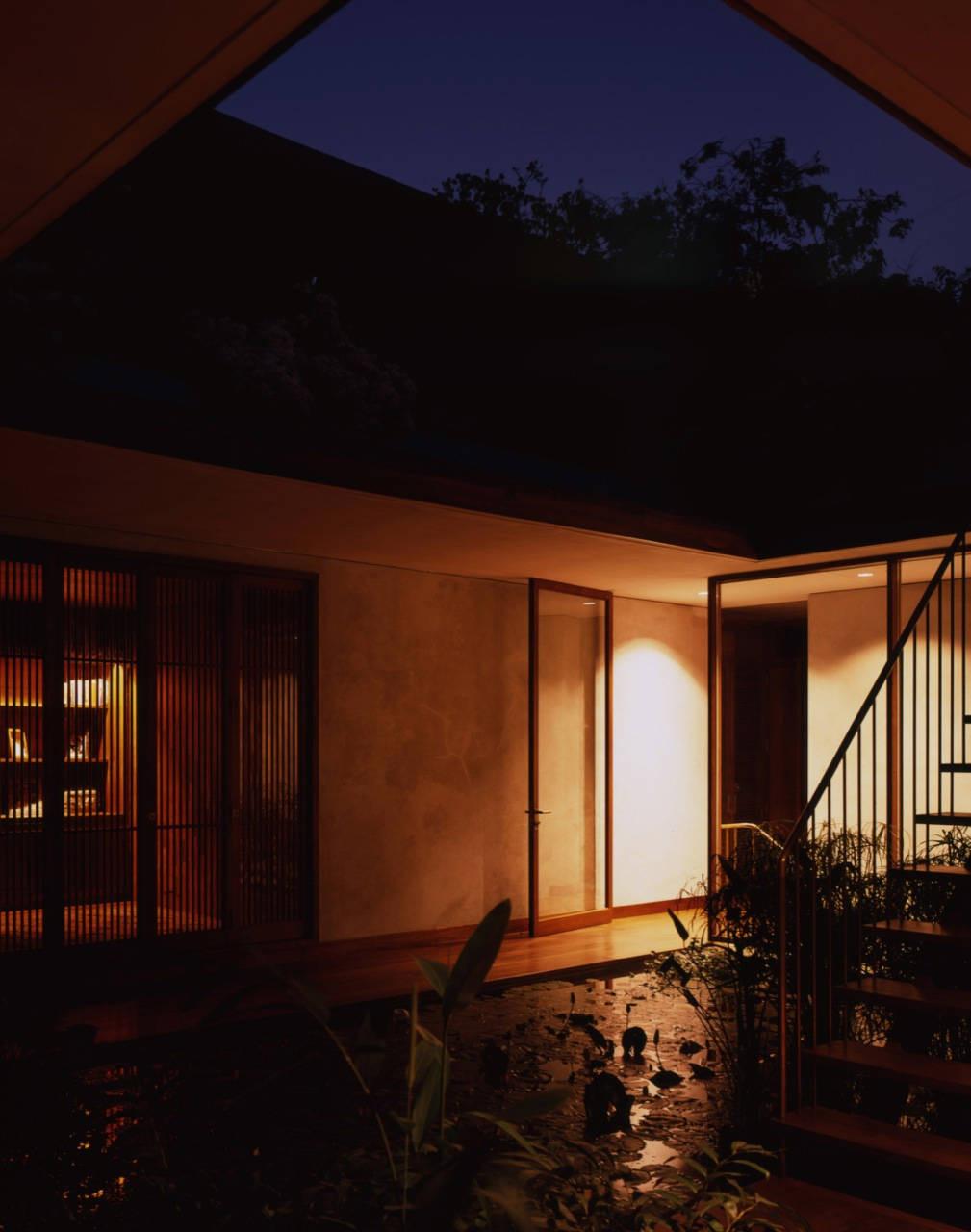 Gallery of House on Pali Hill / Studio Mumbai - 12