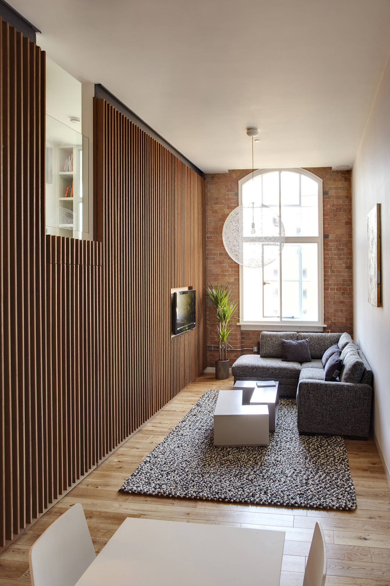 Apartment at Bow Quarter / Studio Verve Architects, © Luke White