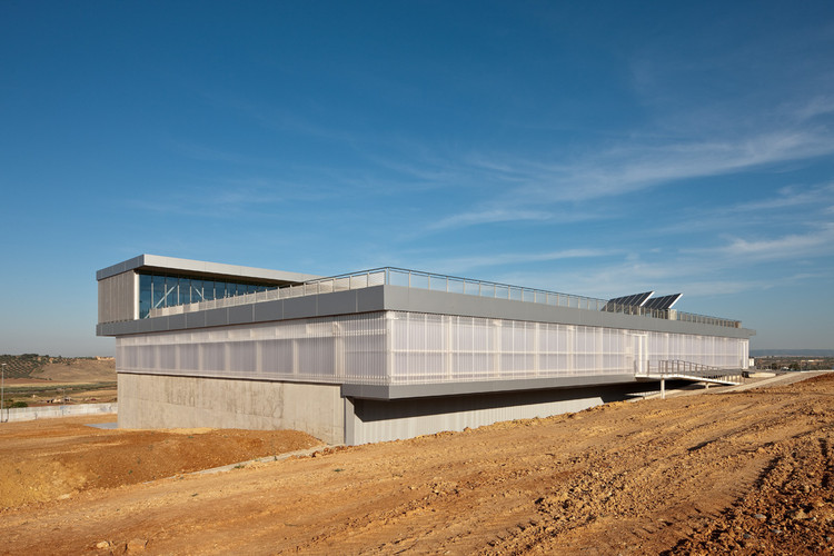 University Sports Hall / Canvas Arquitectos, © Fernando Alda