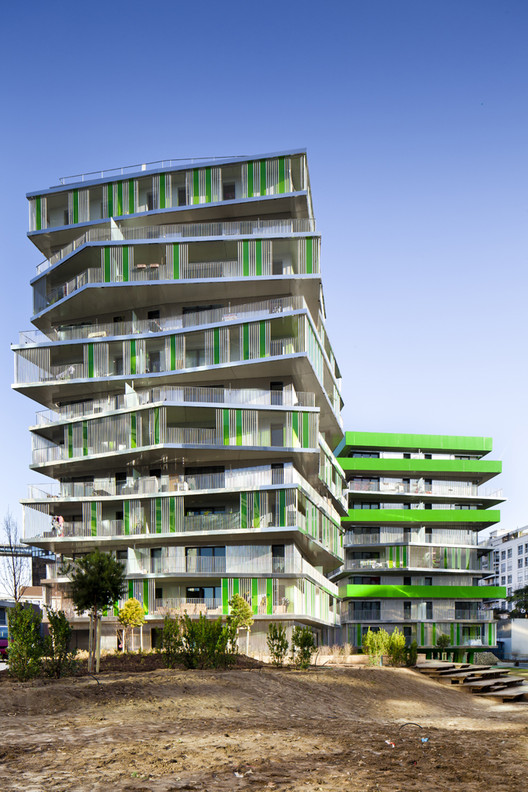 Update: Villiot-Rapée Apartments / Hamonic + Masson & Associés, © Sergio Grazia