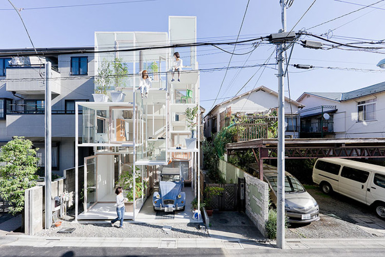 Casas Raras Del Mundo further Ingenious Folding Table Inspired By A Caterpillars Track Wooden Cloth Video besides 1567 likewise Old Workers Cottage In Australia Transformed Into Modern Family Home additionally House Na Sou Fujimoto Architects. on small unconventional homes