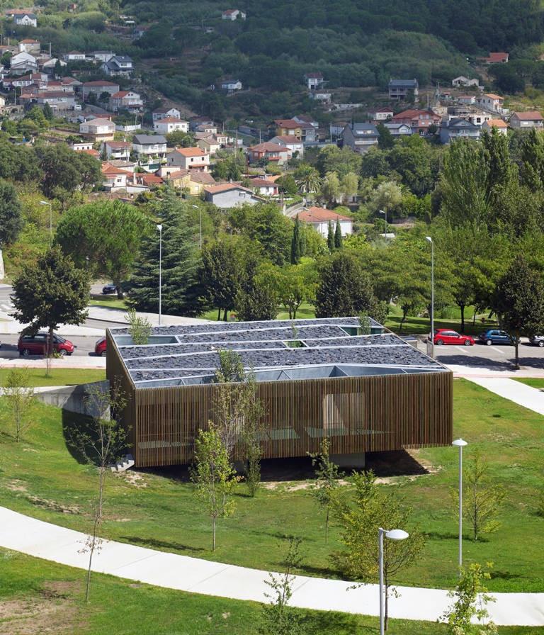 Nursery in Ourense / Abalo Alonso Arquitectos, © Héctor Santos-Díez | Bis Images