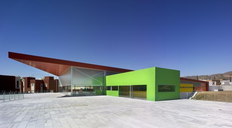 """""""Los Almendros"""" Social Center / Ferrer Arquitectos, © David Frutos"""
