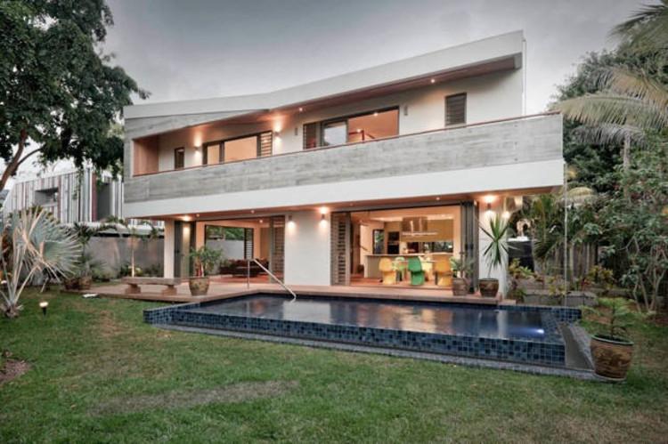 2 Houses in Mauritius, © Gordon Mackenzie - Kennedy