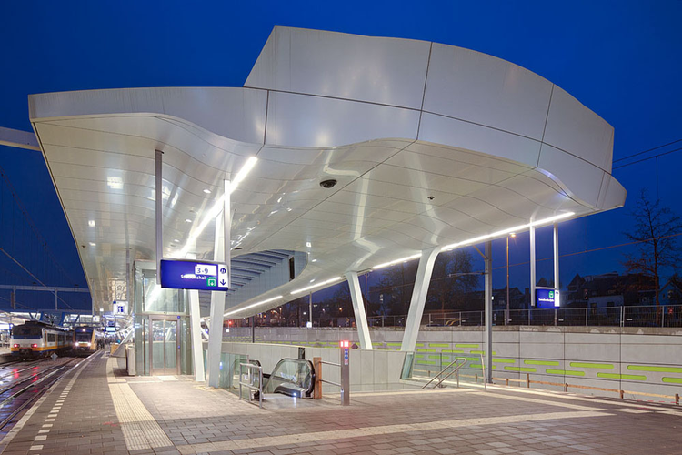 Arnhem Central Platforms Unstudio Archdaily