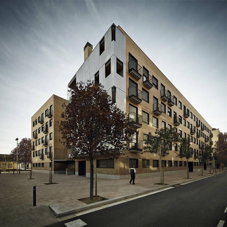 Social Housing Bon Pastor / SVArquitectura, via Jordi Surroca