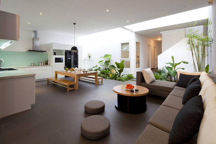 stringio - House in Go Vap / MM++ architects: Ngôi nhà được xây trên diện tích rộng 8m và sâu 22m thoáng gió