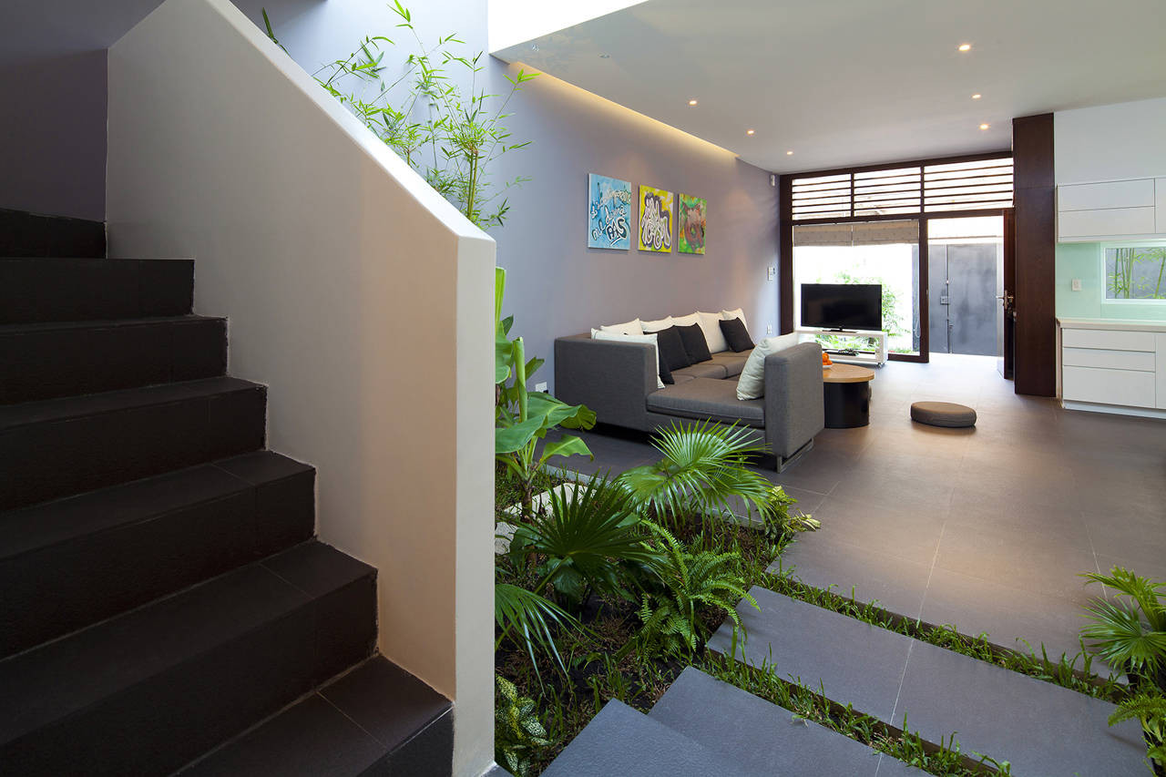 Gallery of house in go vap mm architects 3 for Eco indoor garden house