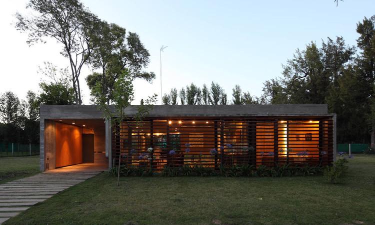 BA House / BAK Arquitectos, © Gustavo Sosa Pinilla