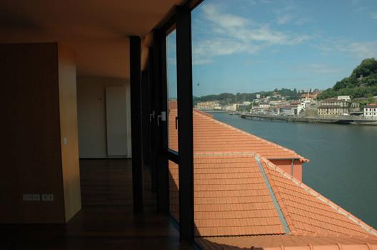 Courtesy of  alexandre burmester arquitectos associados