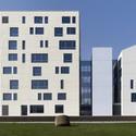Courtesy of  emrearolat architects