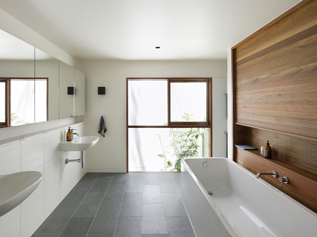Gallery of fig tree pocket house 2 shane plazibat for Bluestone flooring interior