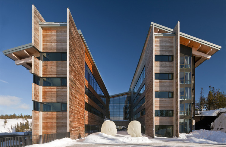 Copperhill Mountain Lodge / Bohlin Cywinski Jackson, © Nic Lehoux
