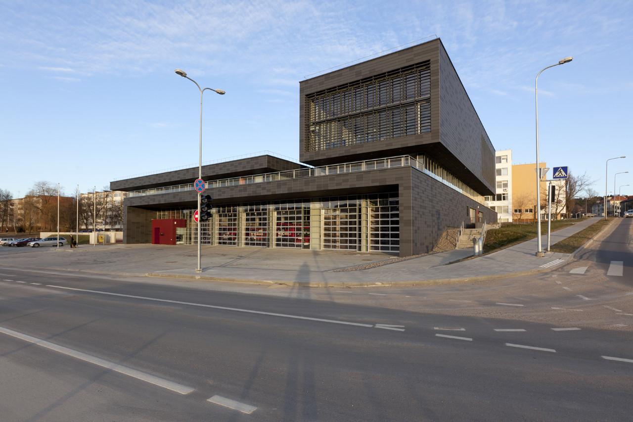Fire Station in Vilnius / Laimos ir Ginto Projektai, © Raimondas Urbakavičius