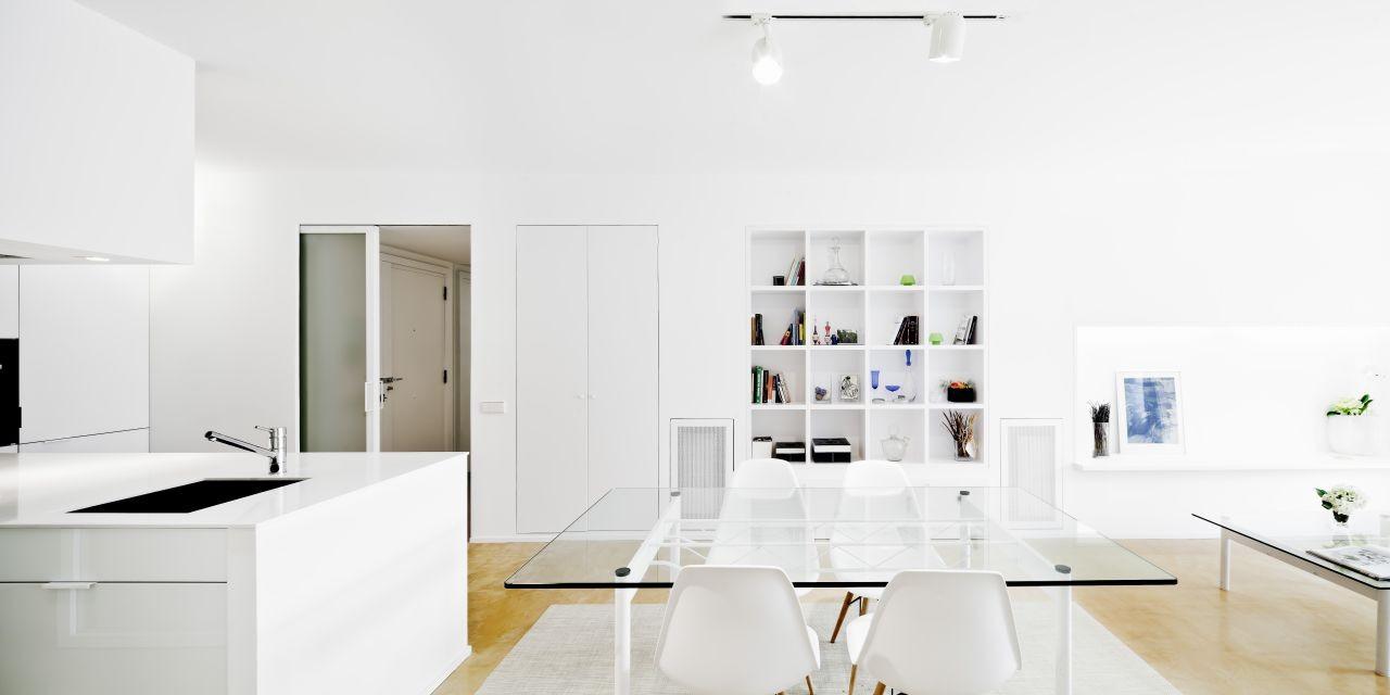 Glazed Apartment / Sergi Pons, © Adrià Goula