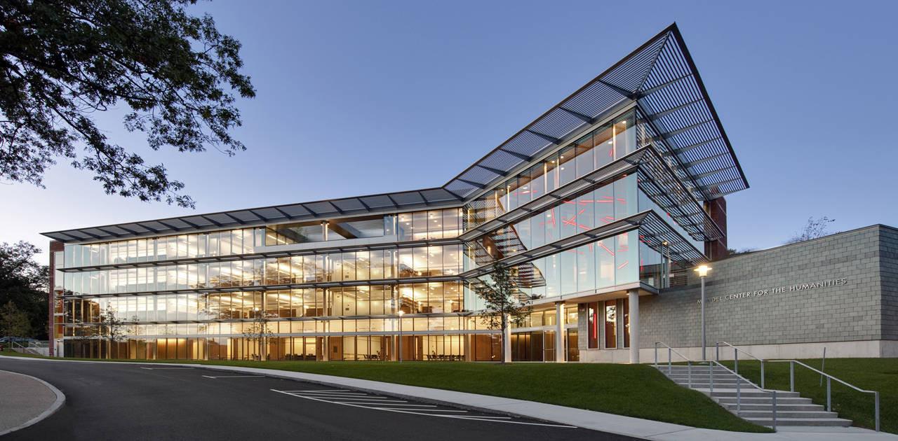 Brandeis Mandel Center / Kallmann McKinnell & Wood Architects, © Anton Grassl of Esto Photographics