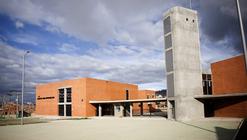 Colegio en Soacha / Alejandro Peña Cuéllar