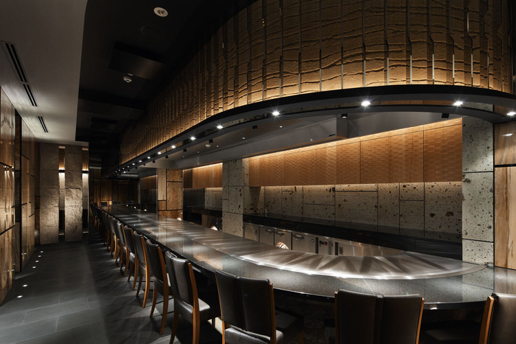 Ginza Steak Tajima / Doyle Collection, © Satoshi Umetsu/ Nacasa&Partners