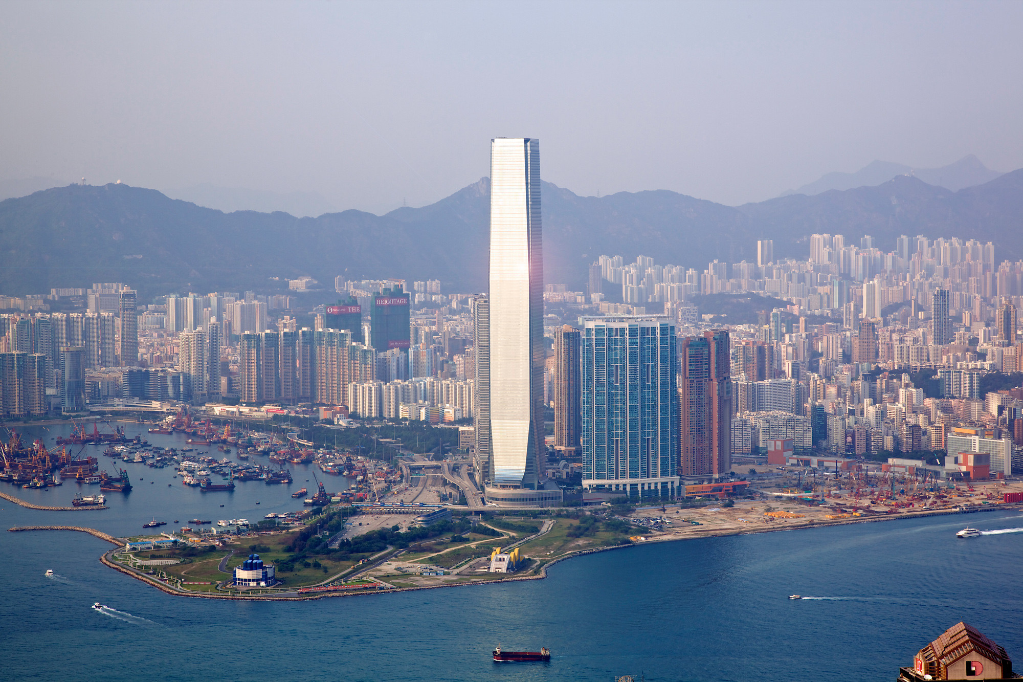 International Commerce Centre / KPF, © Unknown photographer