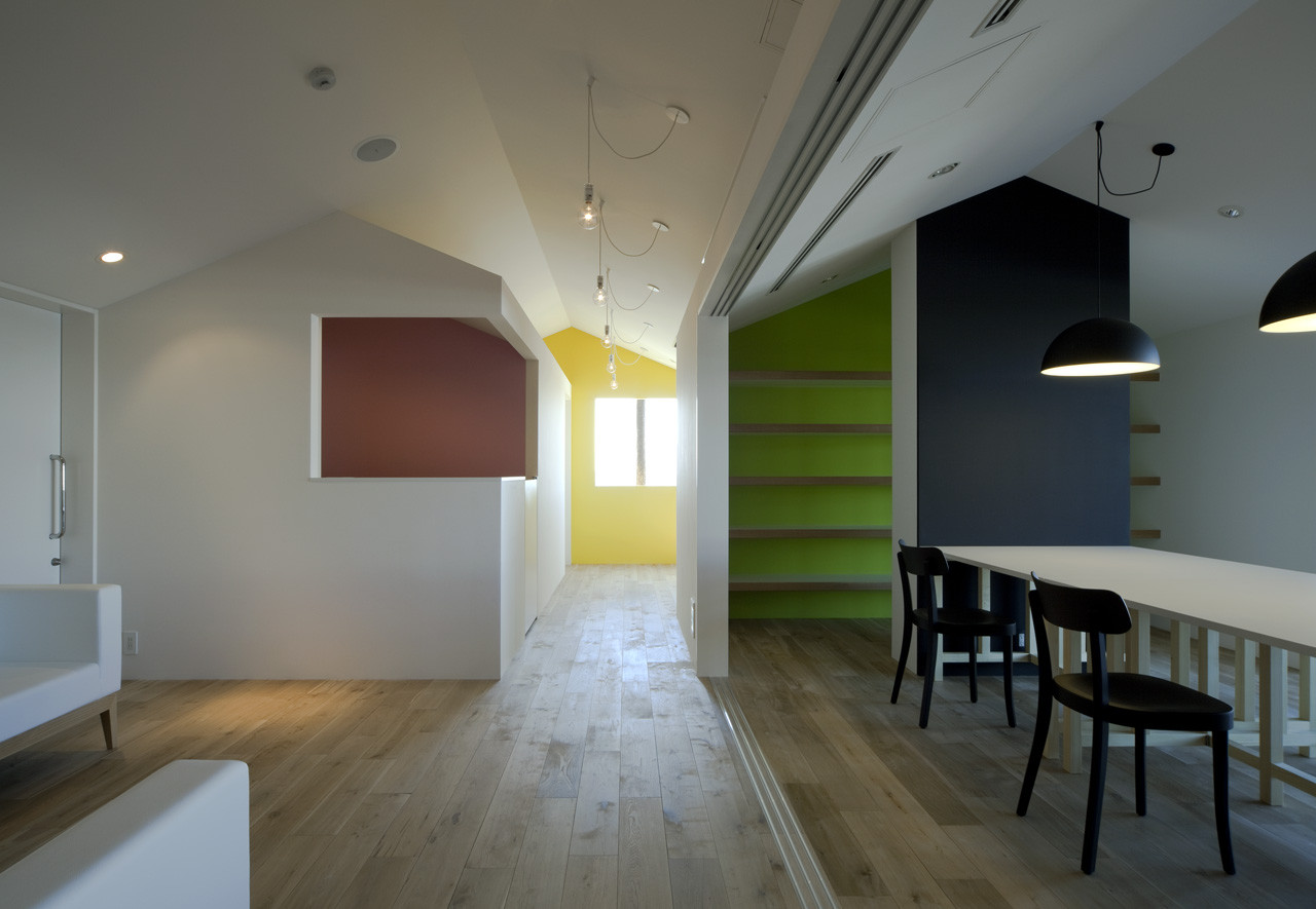 Saijo Clinic / Aida Atelier