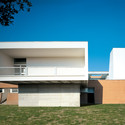 Residence with Sanitary Assistance / IPOSTUDIO Architects