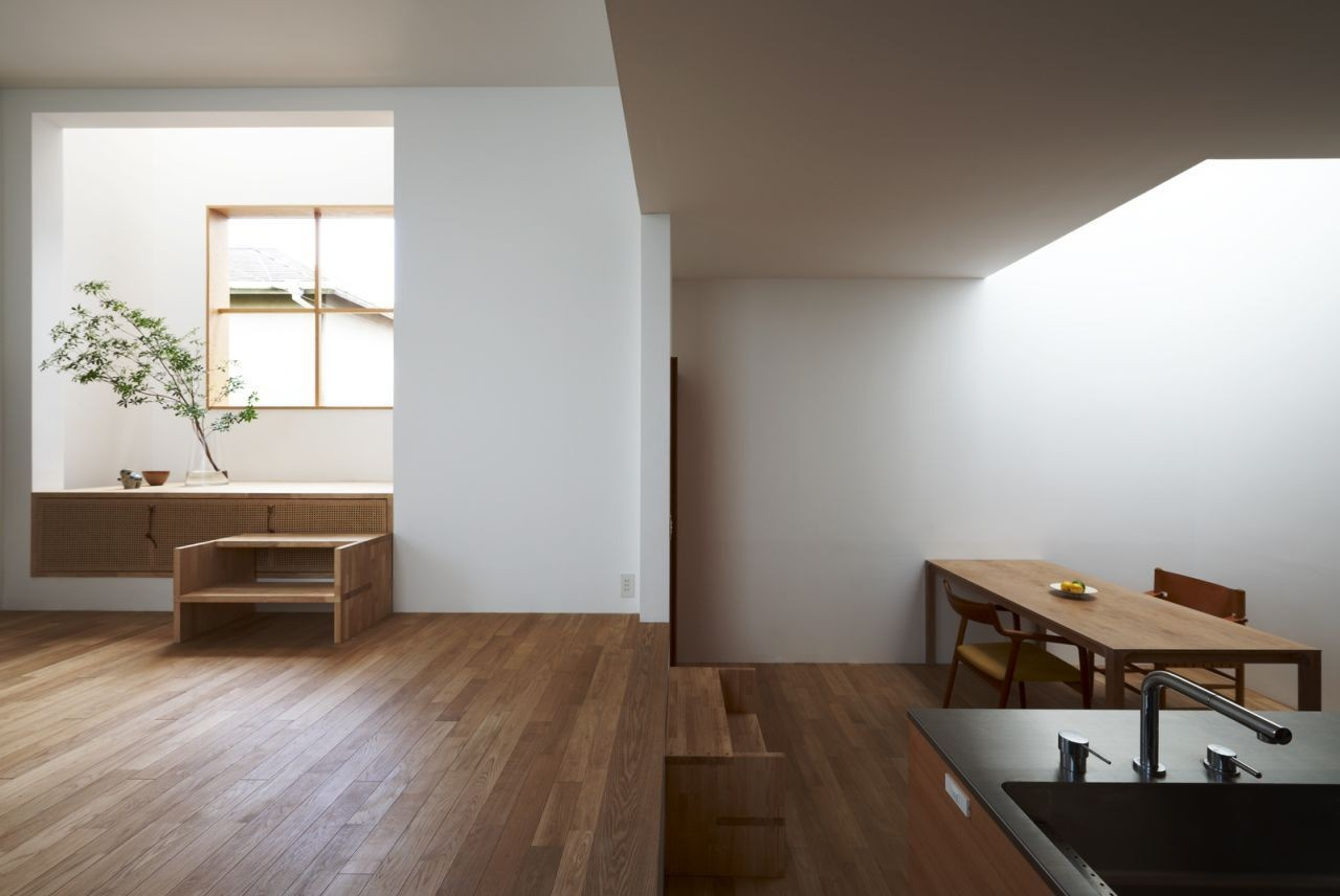 House in futakoshinchi tato architects archdaily for Korean minimalist house