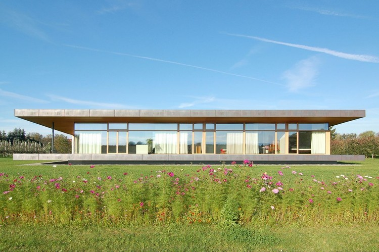 Farm house archdaily for Architektur software