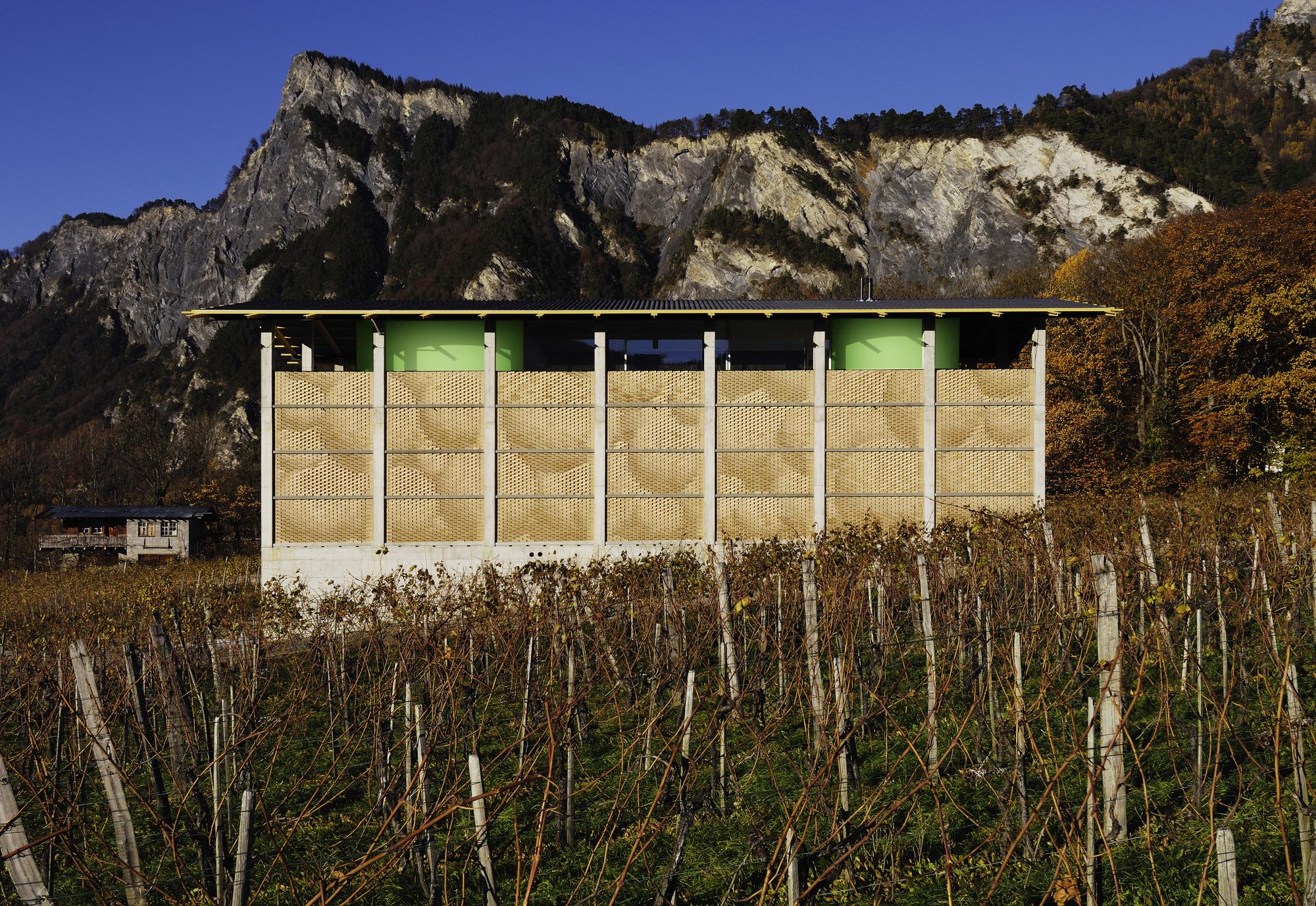 Winery Gantenbein /  Gramazio & Kohler + Bearth & Deplazes Architekten