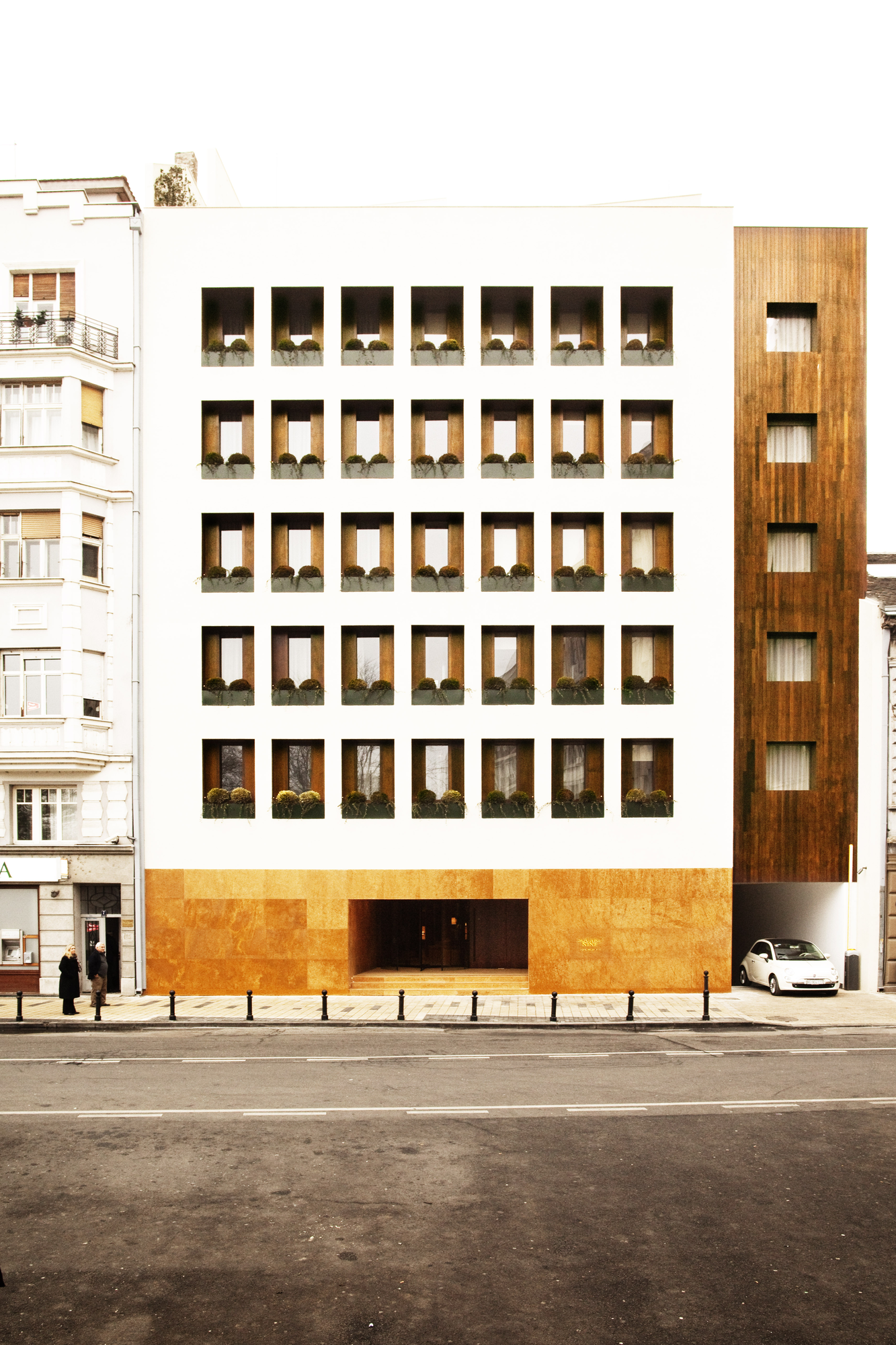 Square Nine Hotel / Isay Weinfeld, © Matthieu Salvaing