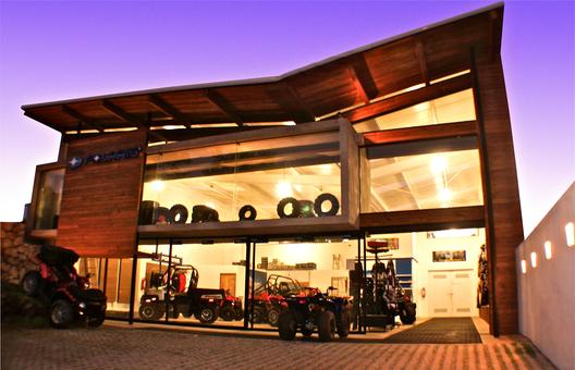 Polaris sobrado ugalde plataforma arquitectura - Proyecto local comercial ...