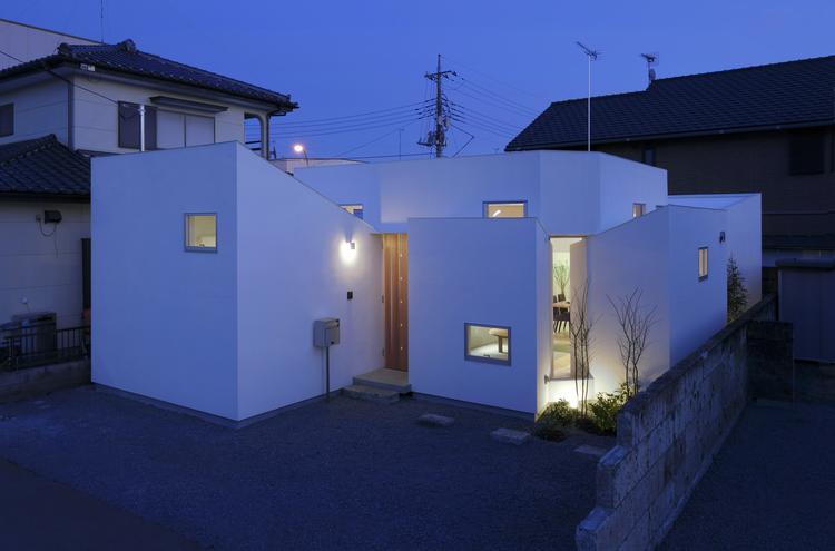 HouseM / Hiroyuki Shinozaki Architects, © Hironori Tomino