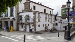 Centro Social de la Tercera Edad / Intra Arquitectos