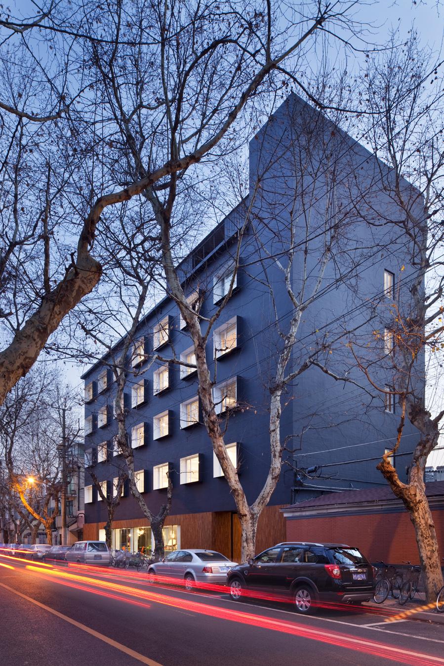 The Black Box / Neri & Hu Design and Research Office, © Derryck Menere