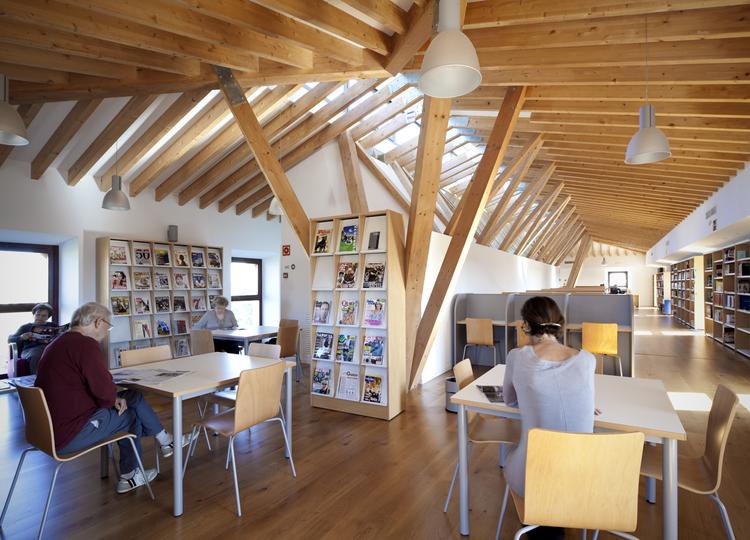 Rehabilitación casas Son Canoves / Duch-Piza Arquitectos + Iciar De Basterrechea, © Jaime Sicilia