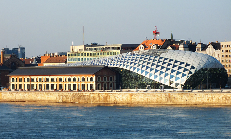 CET Building / ONL, © Romeodesign